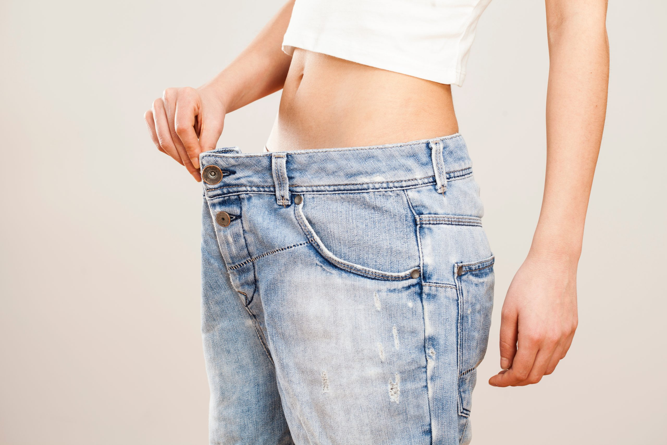 Weight loss through a natural and holistic approach